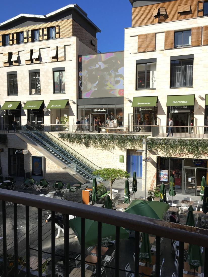 bordeaux-visite-guide-decouverte-mode-shopping-magasin-histoire-historique-commerce-architecture-tourisme-2 (30)