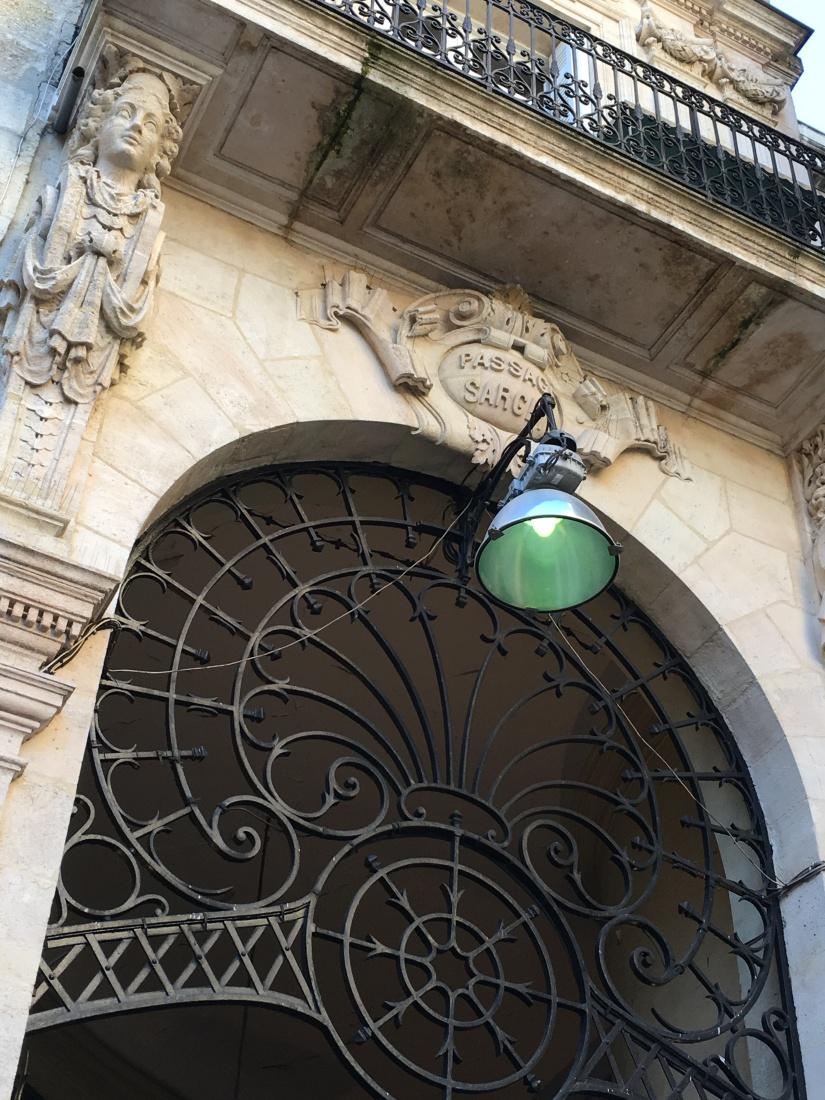 bordeaux-visite-guide-decouverte-mode-shopping-magasin-histoire-historique-commerce-architecture-tourisme-2 (9)