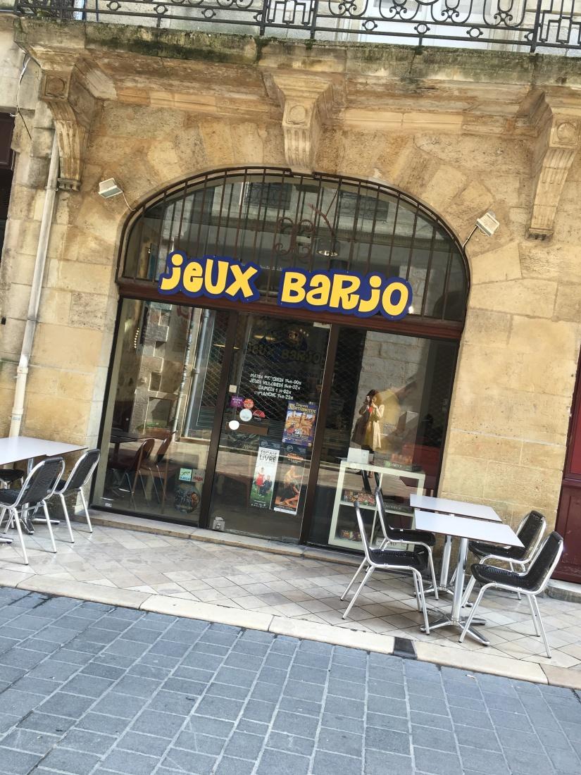 jeux-barjo-bordeaux-ludotheque-bar-salon-thé-jouer-joueur-soiree-societe-role (1)