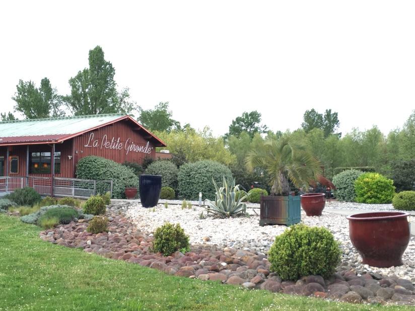 la-petite-gironde-restaurant-bordeaux-rive-droite-decor-vue-cuisine-terroir-convivial (2)