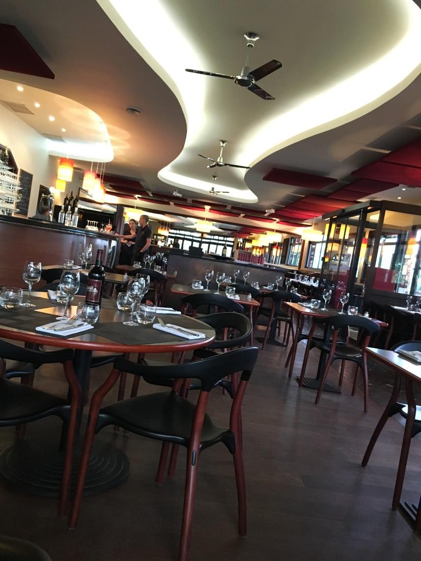 la-petite-gironde-restaurant-bordeaux-rive-droite-decor-vue-cuisine-terroir-convivial (5)