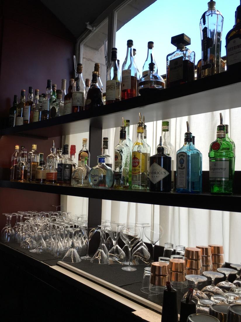 place-bourse-bordeaux-miroir-eau-restaurant-bistro-gastronomique-bar-dix-cocktail-le-gabriel-legabriel-atelier-decouverte-rhum-champagne-mojito-daiquiri-idee (6)