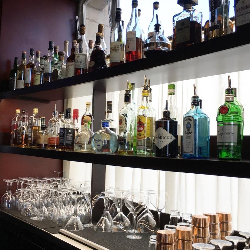place-bourse-bordeaux-miroir-eau-restaurant-bistro-gastronomique-bar-dix-cocktail-le-gabriel-legabriel-atelier-decouverte-rhum-champagne-mojito-daiquiri-idee (7)