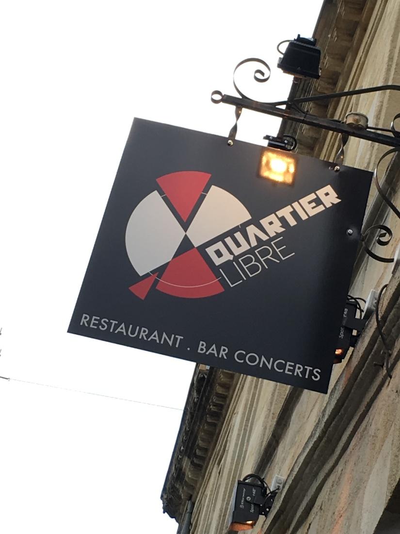quartier-libre-bar-restaurant-musique-live-groupe-jazz-cuisine-cocktail-biere-billard-bordeaux-capucins-marché-frais-produits