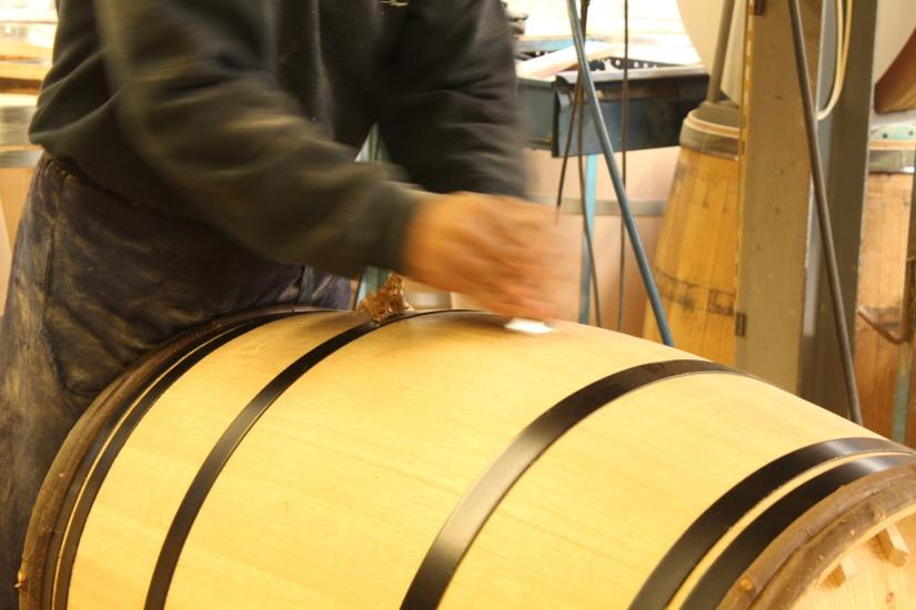 chateau-reignac-oenotourisme-gironde-bordeaux-vin-wine-chai-degustation-tonneau-tonnellerie-fabrication-decouverte-visite-bateau-garonne-fleuve-verre-rouge-blanc (11)