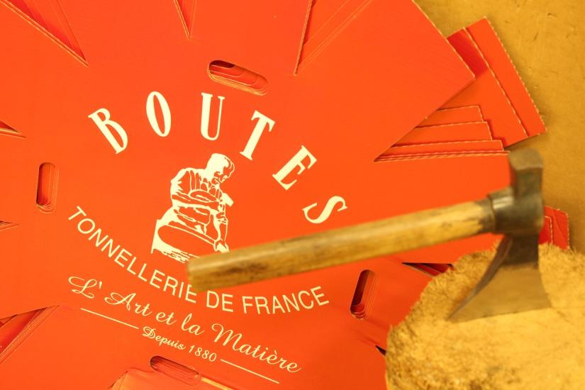 chateau-reignac-oenotourisme-gironde-bordeaux-vin-wine-chai-degustation-tonneau-tonnellerie-fabrication-decouverte-visite-bateau-garonne-fleuve-verre-rouge-blanc (12)