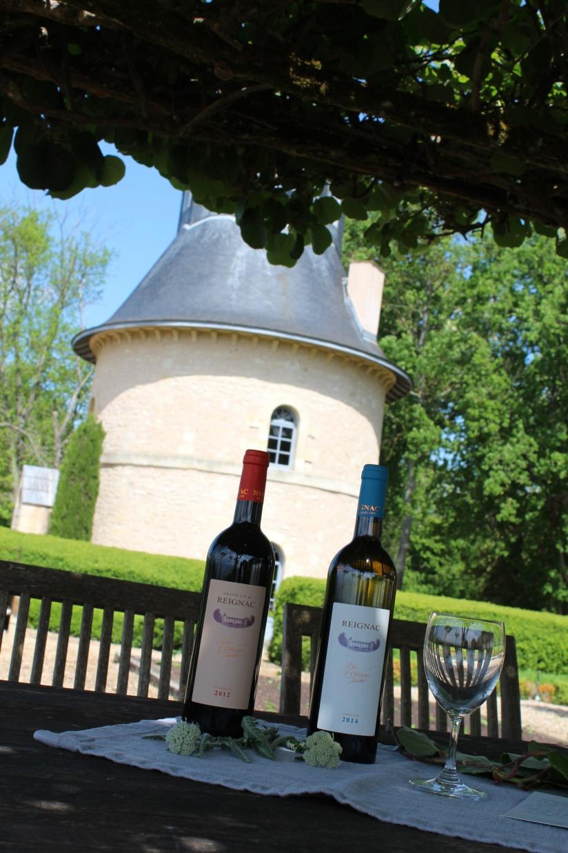 chateau-reignac-oenotourisme-gironde-bordeaux-vin-wine-chai-degustation-tonneau-tonnellerie-fabrication-decouverte-visite-bateau-garonne-fleuve-verre-rouge-blanc (15)