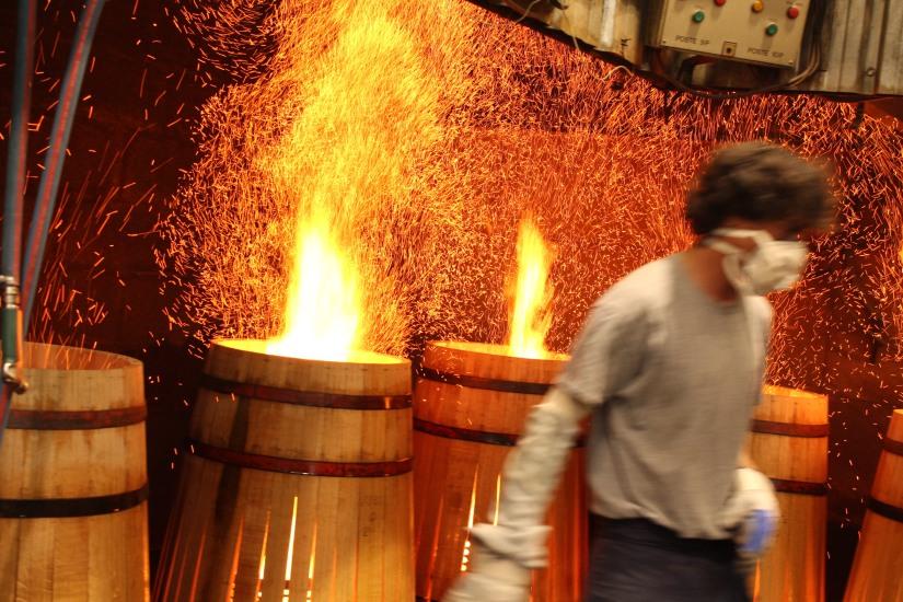 chateau-reignac-oenotourisme-gironde-bordeaux-vin-wine-chai-degustation-tonneau-tonnellerie-fabrication-decouverte-visite-bateau-garonne-fleuve-verre-rouge-blanc (5)