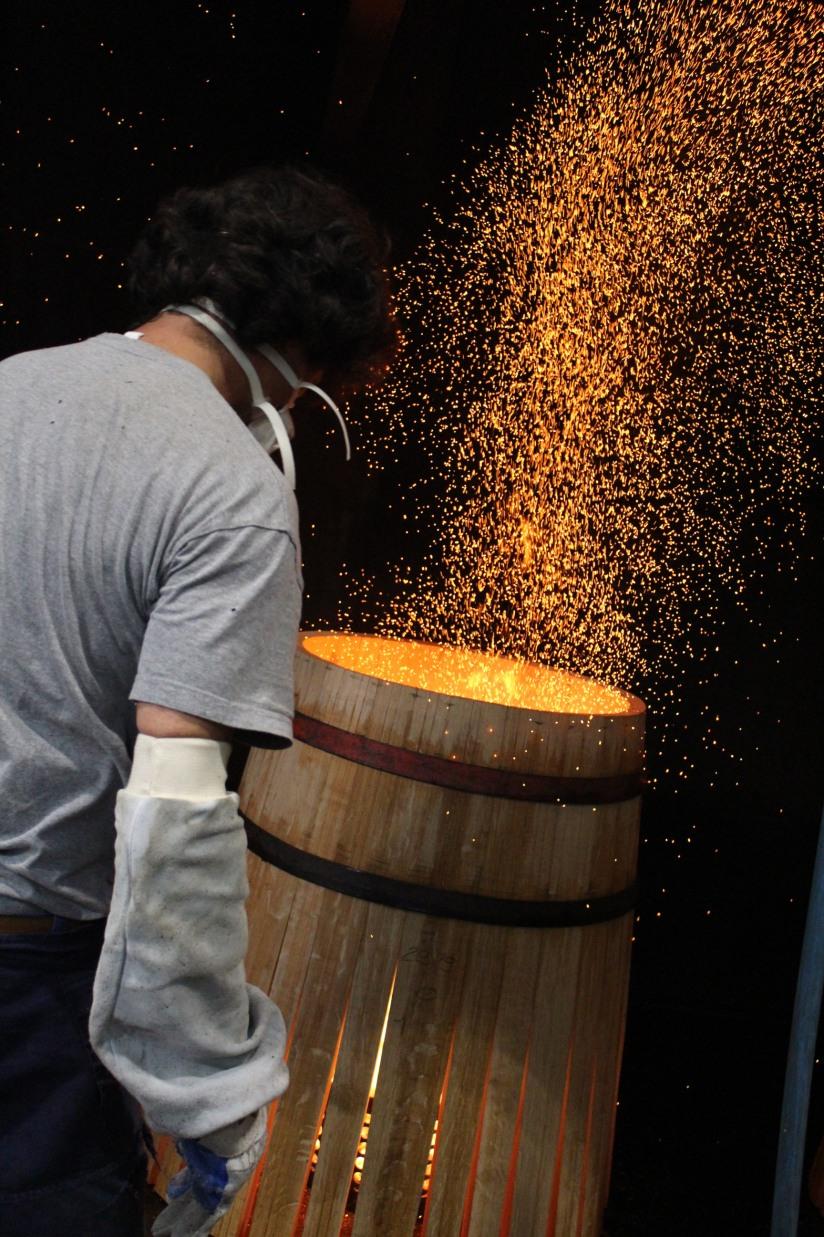 chateau-reignac-oenotourisme-gironde-bordeaux-vin-wine-chai-degustation-tonneau-tonnellerie-fabrication-decouverte-visite-bateau-garonne-fleuve-verre-rouge-blanc (9)