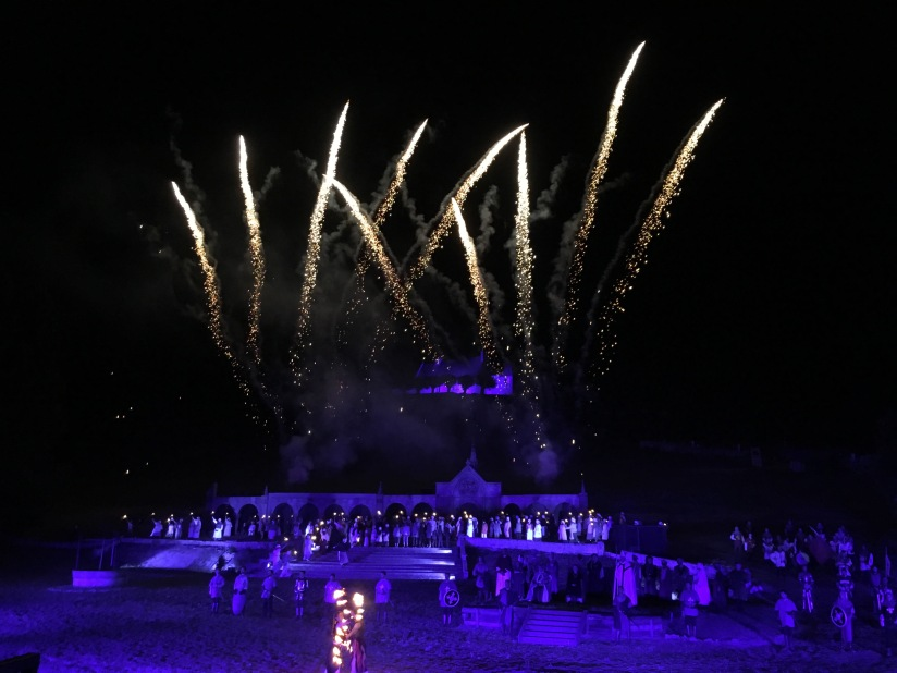 castillon-bataille-cotes-bordeaux-vins-degustation-sepectacle-show-figurants-benevoles-animations-nouveau-famille-ete-vacances-sorties-gironde-tourisme-patrimoine-histoire-alienor-aquitain (31)