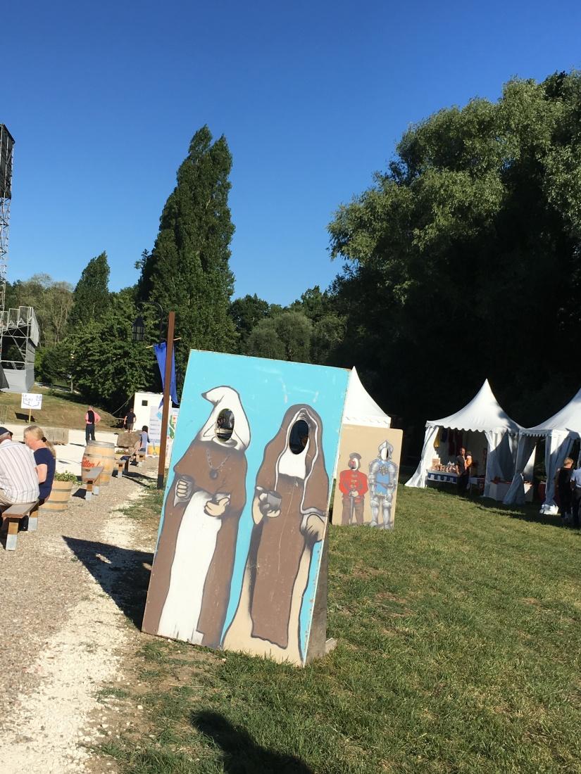 castillon-bataille-cotes-bordeaux-vins-degustation-sepectacle-show-figurants-benevoles-animations-nouveau-famille-ete-vacances-sorties-gironde-tourisme-patrimoine-histoire-alienor-aquitain (63)