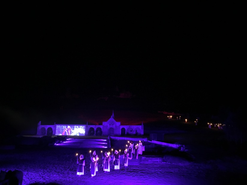 castillon-bataille-cotes-bordeaux-vins-degustation-sepectacle-show-figurants-benevoles-animations-nouveau-famille-ete-vacances-sorties-gironde-tourisme-patrimoine-histoire-alienor-aquitain (23)