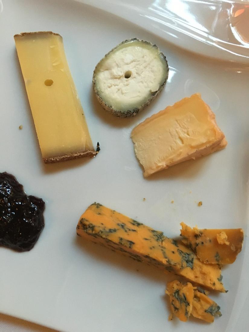 le-chapon-fin-chef-gastronomique-cuisine-ville-bordeaux-accrods-mets-vin-menu-decouverte-sommelier-cave-reference-decor-art-deco-bar-castan-cyprien-alfred-duprat (15)