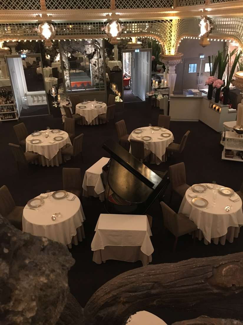le-chapon-fin-chef-gastronomique-cuisine-ville-bordeaux-accrods-mets-vin-menu-decouverte-sommelier-cave-reference-decor-art-deco-bar-castan-cyprien-alfred-duprat (21)