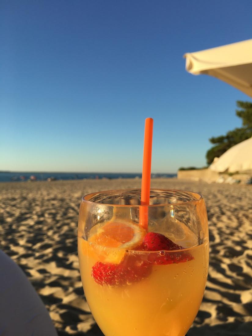 plage-pereire-club-cabane-paillotte-arcachon-cap-ferret-gironde-apéro-plancha-tapas-coucher-soleil-detente-sangria-blanche (11)