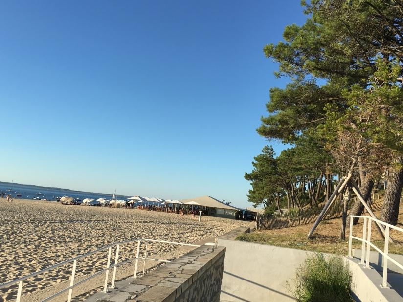 plage-pereire-club-cabane-paillotte-arcachon-cap-ferret-gironde-apéro-plancha-tapas-coucher-soleil-detente-sangria-blanche (4)