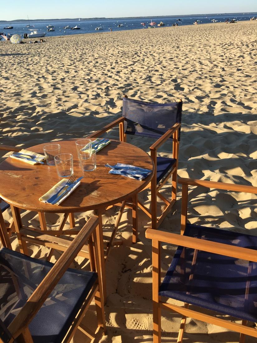 plage-pereire-club-cabane-paillotte-arcachon-cap-ferret-gironde-apéro-plancha-tapas-coucher-soleil-detente-sangria-blanche (6)
