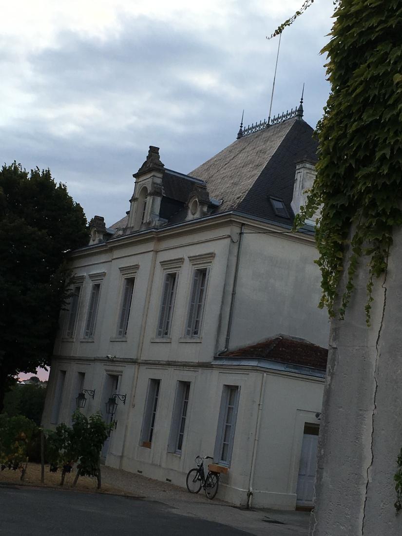chateau-tournefeuille-neac-lalande-pomerol-saint-emilion-vigne-vignoble-chambre-hote-vins-oenotourisme-famille-gironde-aquitaine-19