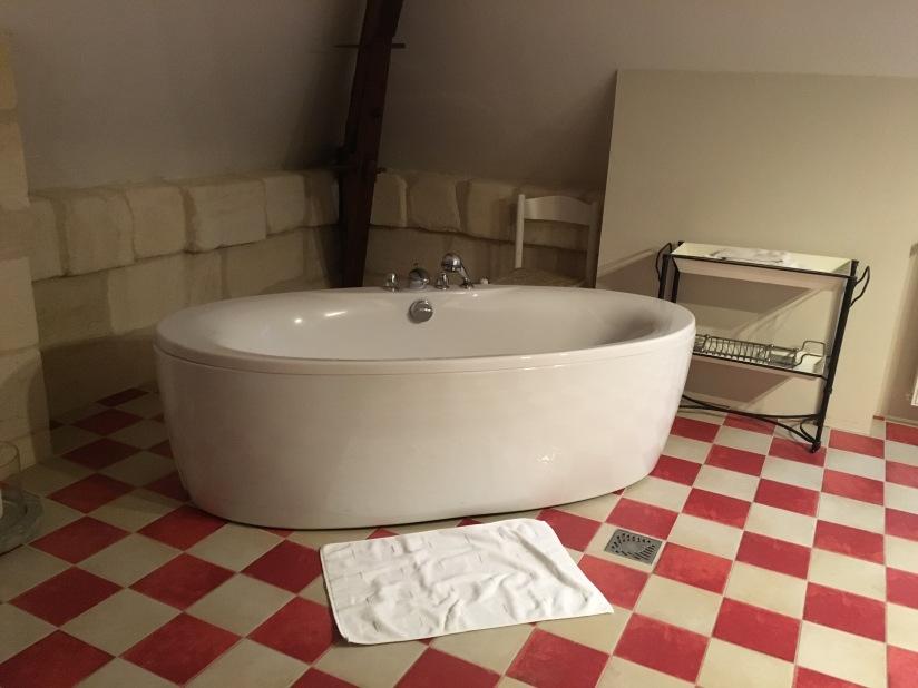 chateau-tournefeuille-neac-lalande-pomerol-saint-emilion-vigne-vignoble-chambre-hote-vins-oenotourisme-famille-gironde-aquitaine-33
