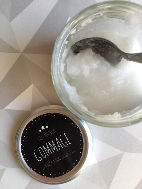 gommage-scrub-huile-coco-citron-sucre-naturel-cosmetique-bocal-bocaux-mason-jar-cadeau-idee-diy-facile-etiquette-printables-imprimer-2