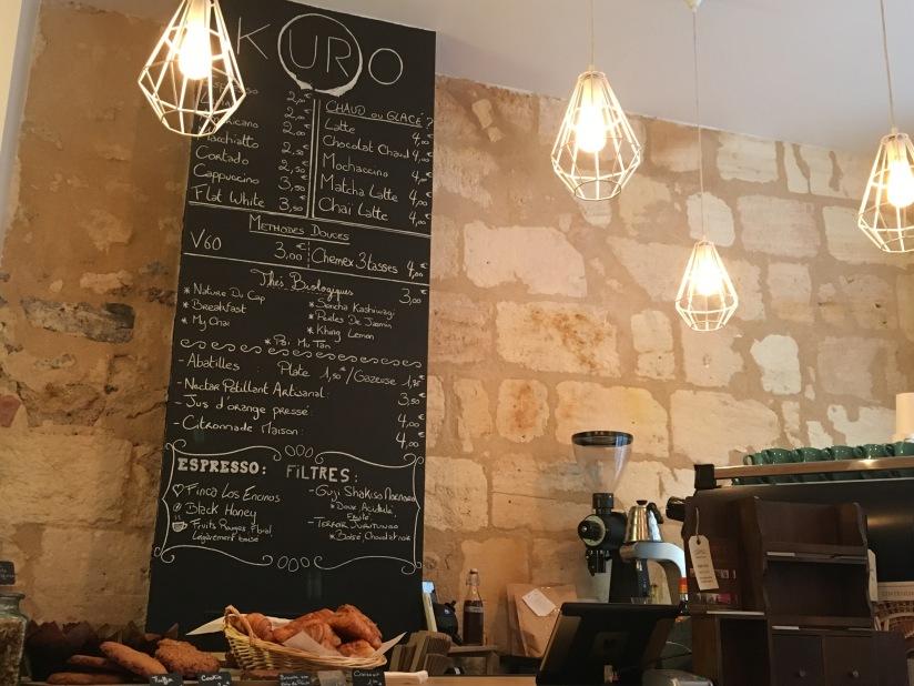 kuro-espresso-bar-bordeaux-muffin-chai-tea-latte-citrouille-cosy-wifi-work-gourmand-pause-gouter-petit-dejeuner-fait-maison-pteapotes-3