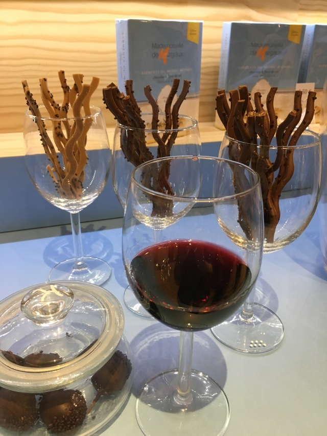 mademoiselle-de-margaux-bordeaux-gironde-chocolat-degustation-sarment-medoc-fetes-noel-cadeau-idee-accord-mets-vin-pteapotes-1