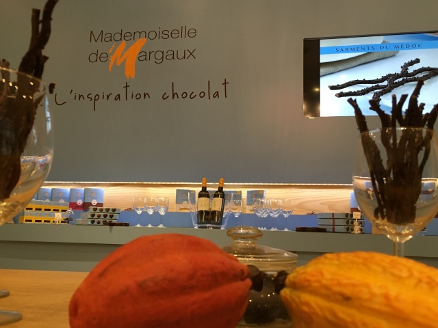 mademoiselle-de-margaux-bordeaux-gironde-chocolat-degustation-sarment-medoc-fetes-noel-cadeau-idee-accord-mets-vin-pteapotes