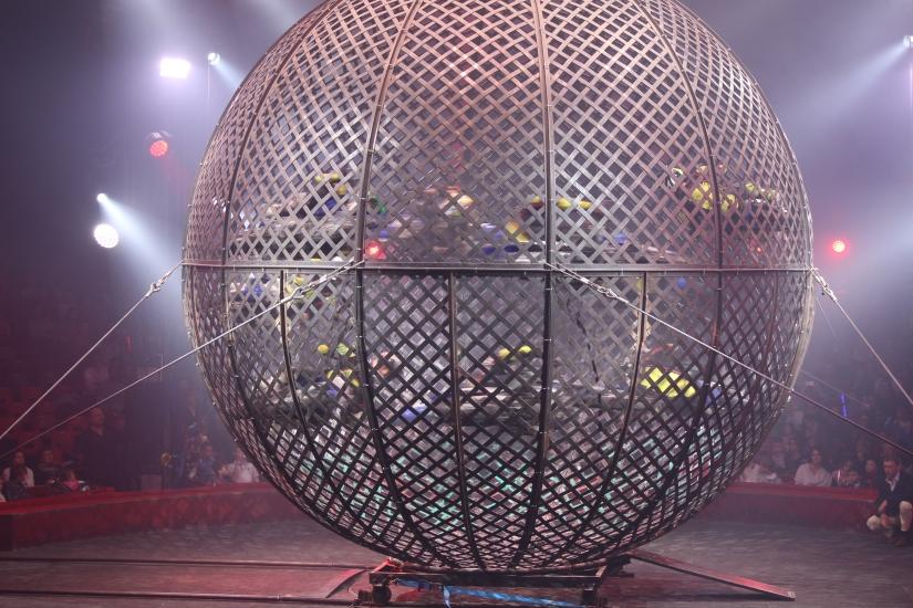 cirque-arlette-gruss-show-spectacle-bordeaux-chapiteau-quinconces-pteapotes-66