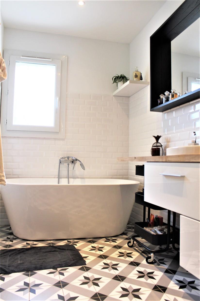 Idee Peinture Petite Salle De Bain ~ lavabo