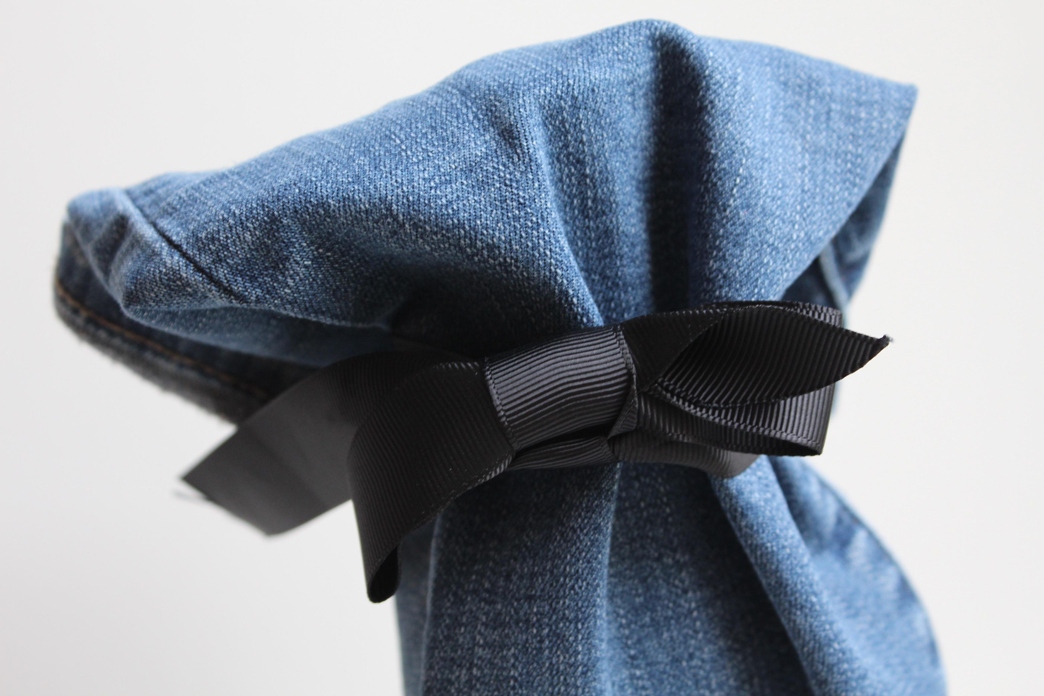 quoi faire avec ses vieux jeans trou s un porte. Black Bedroom Furniture Sets. Home Design Ideas